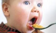 Los bebés que comen pescado tempranamente podrían tener menor riesgo de asma