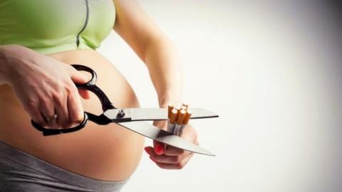 fumar-embarazo-compromete-rinones-bebe