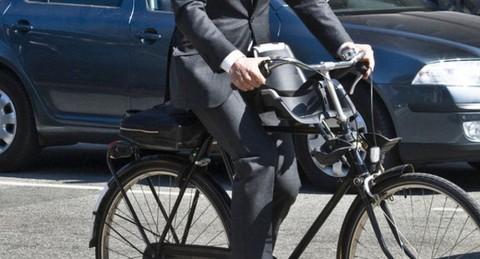 trabajo-bicicleta-protege-corazon