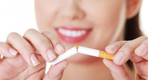 incentivos-dinero-efectivo-ayudan-dejar-fumar